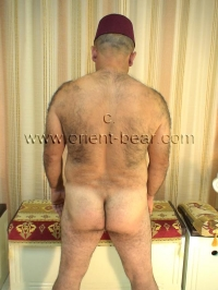 naked hairy turk ass
