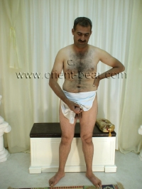 naked hairy kurdish man