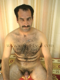 In this kurdish Gay Video you can see an very handsome fully haired naked iranian Man with a hard Cock, a sexy hairy Body and a lot of Pressure at Orgasm.