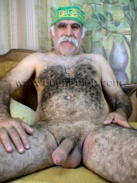 His whole furry Body is very, very hairy from top to bottom. A older turkish Silver Daddy with a thick Mustache and a very big Cock and a very hairy Ass in a turkish Gay Video.