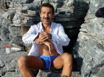 Rasim - is always a horny Turkish Gay jerking off at the Harbor. (Id989)