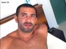 Mobile 58 - a naked kurdish Man with a big and hard cock. (id1417)