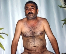 Casting Photo-085A - Hayder - an older turkish man with a big fat cock
