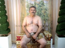 Oender - is a Turkish Silverdaddy with a belly to hug (id62)