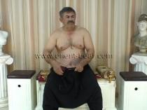 Oender - an original Turkish Bear and he is a Farmer (id587)