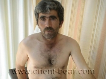 Fatos is a quiet horny Turkish Man with a lot of Pressure (id660)