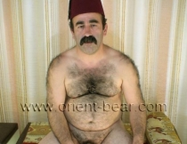 Hueseyin - a turkish Worker with hairy Body and a thick Mustache (ID289)