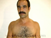 Tanju - a very hairy turkish man with a lot of pressure. (id3)