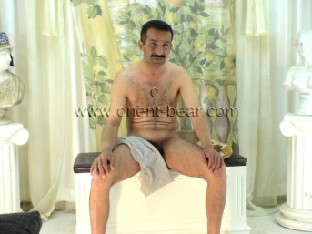 Rasim - a naked turkish Gay with a long thin Cock in a turkish Gay Video. (id109)