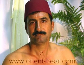 Nuri - an erotic naked turkish man has an aggressive orgasm in a turkish gay porn video. (id122)