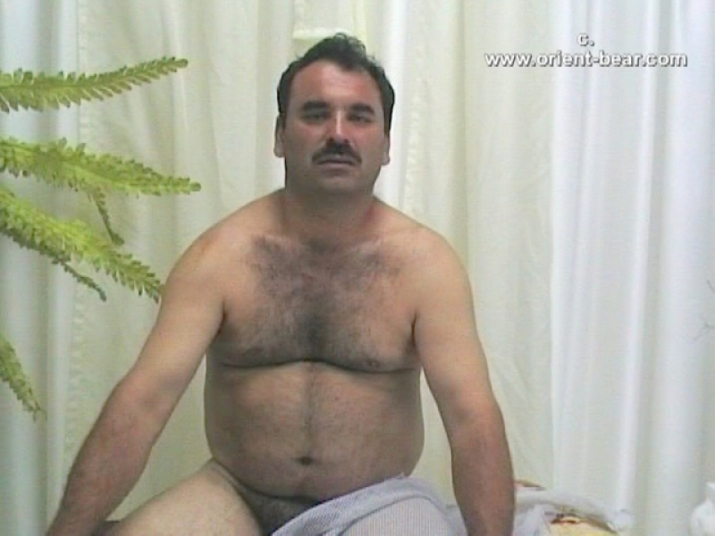Latif - is a Turkish Bear with a small thick Cock with a Bush (ID1274)