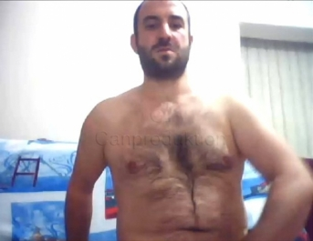 Oguz - is a Turkish Bear with a very erotic Body and Face...