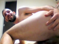 Ulvi - a naked kurdish man with a very big cock, he builds a dildo and assembles him in front of his asshole. (id1496)