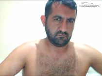 Mazlum - a real turkish bear with a very strong body and a monster big cock wanks naked in bed. (id1502)