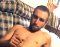 Mobil-103 - a young turk lies half naked on the sofa and films herself jerking off. (id1519)