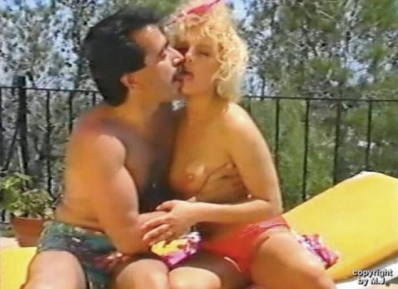 Hetero-15 Farid - a kurdish man with a very big cock fucks a girlfriend naked in a turkish outdoor gay video. (id1528)