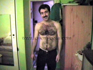 Sefer - In this oldy turkish gay video you se