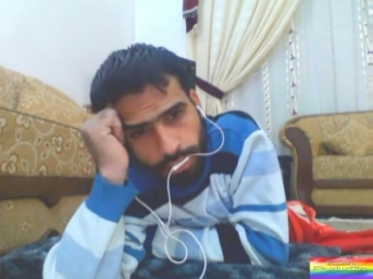 Mobil-112 - In this kurdish gay video you can see an Iraqi gay jerking off in a chat. (id1548)