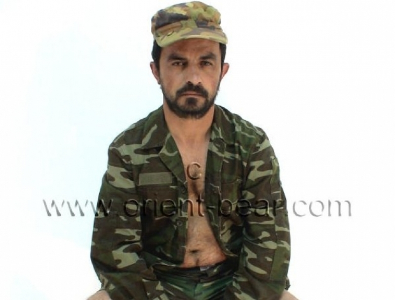 Suat M. - is a sexy Turkish Guy with a nice big Glans. (id211)