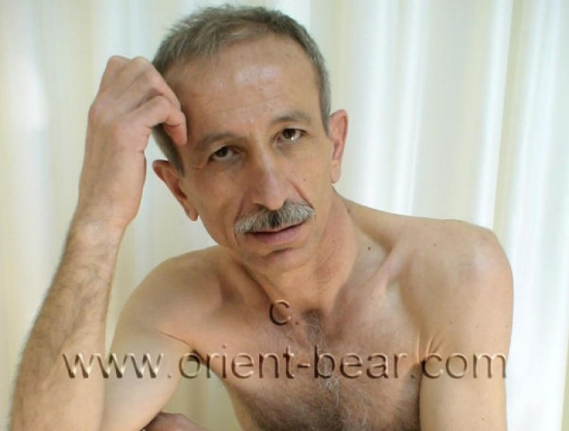 Erdogan B. - an older turkish daddy with a big hard cock wanks naked in a turkish gay video. (id246)