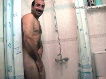 Ahmet - a naked kurdish man takes a shower, masturbates and does PP in the bathroom in a Kurdish gay video. (id320)