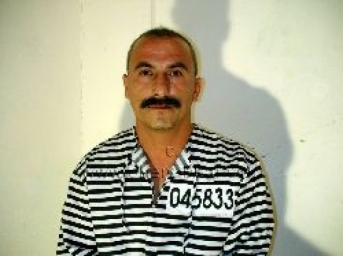 Rami - is a totally shaved naked turkish Worker with a sexy big Mustache. (ID338)
