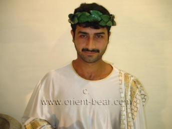 Turgut - a young Turkish Bear with a horny firm hairy Butt. (id442)