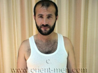 Hakke - is a very hairy Turkish Bear with a very intense Orgasm (id522)
