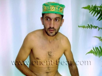 Erman - a young turkish farmer with a big cock, hairy thighs and a hairy ass crack. (id577)