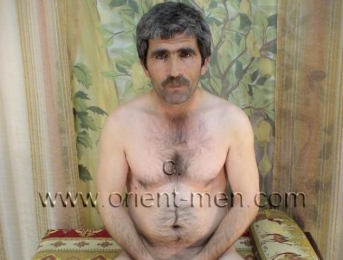 Fatos - a naked turkish farmer with a lot of pressure at his orgasm. (id644)