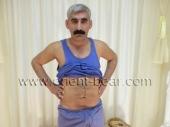 Ismael M. is a very erotic looking Kurdish Daddy with a big black Bush (ID738)